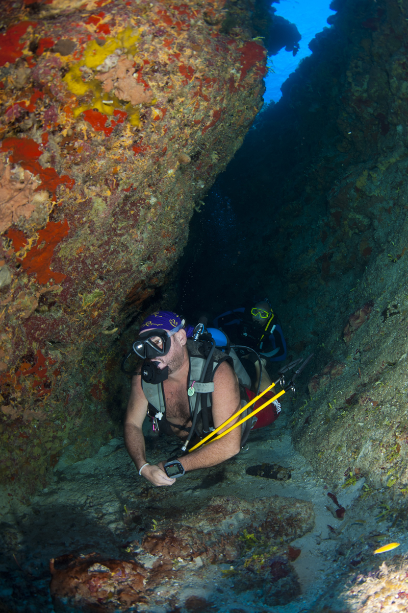 Scuba Diving Trips - Off The Wall Divers